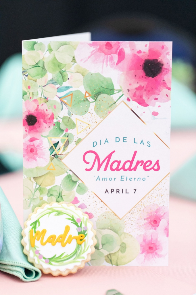 card for mothers at La Casa event