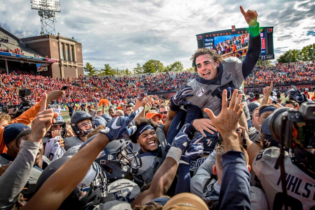 Fighting Illini celebrating the Homecoming 2019 football game win.